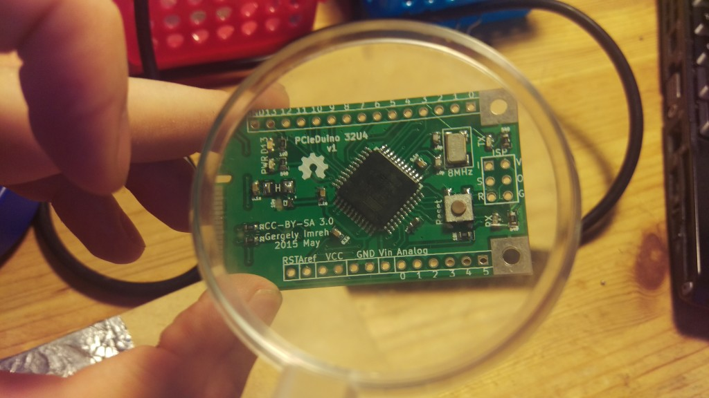 Under the magnifying glass (early prototype)